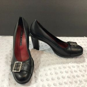 Tommy Hilfiger Sz 8 m Black Leather Heels two1389